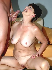Brunette happy grandma sucking..